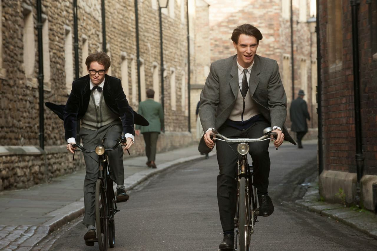 the theory of everything-eddie redmayne-harry lloyd