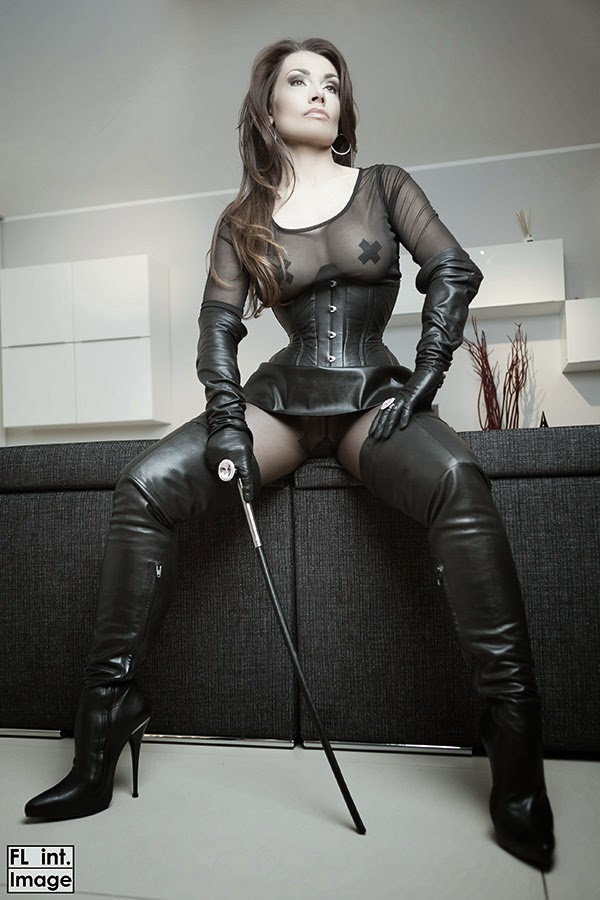 how to be a dominant mistress