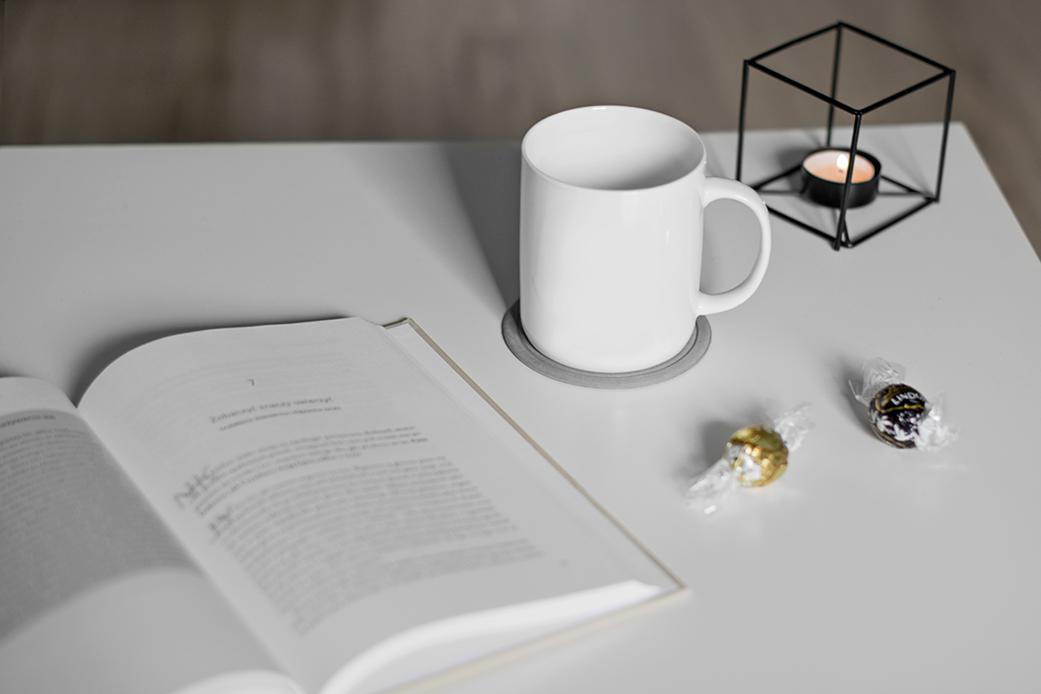 Co czytają blogerzy? Lista książek na jesień