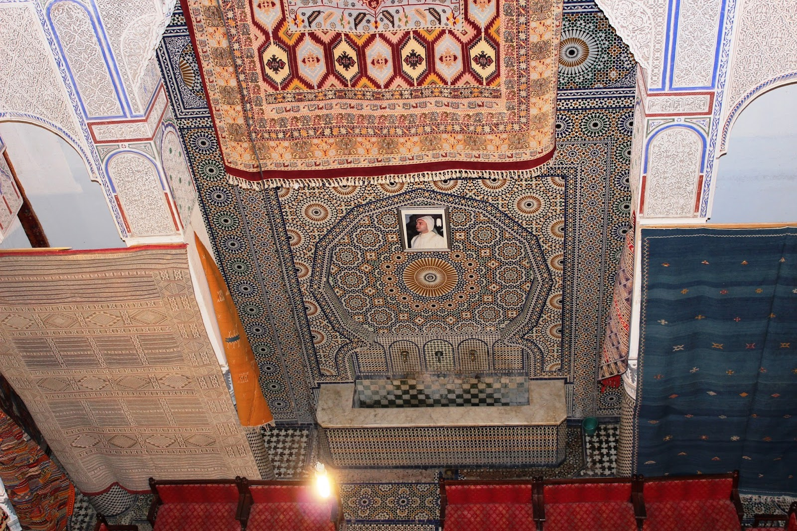 Souvenir Chronicles Fes Morocco Buying A Rug Or Two