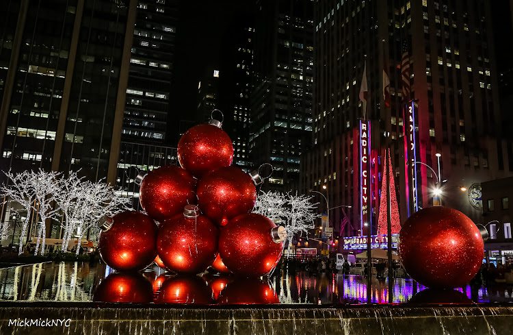 are you coming to nyc for the holidays awesome here is a collection of christmas events trees and decorations landmarks in the city - When Does Nyc Decorated For Christmas 2018