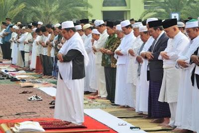 Lafadz Doa Niat Sholat Idul Adha Lengkap Beserta Artinya