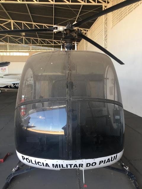 HELICÓPTERO DO GOVERNO AVALIADO EM R$ 500 MIL VIRA SUCATA NO HANGAR DO ESTADO