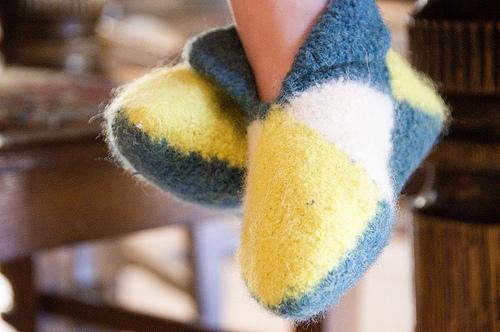 Miss Julia's Patterns: Free Patterns - 50 Slippers & Socks ...