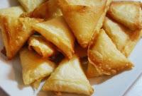 Yapılışı ve hazırlanışı ile pratik tatlılardan Cevizli Üzümlü Tatlı tarifi ve yapılışı