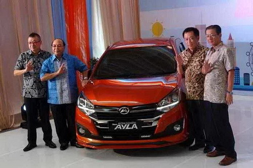 Harga Daihatsu Ayla Facelift dan Spesifikasi