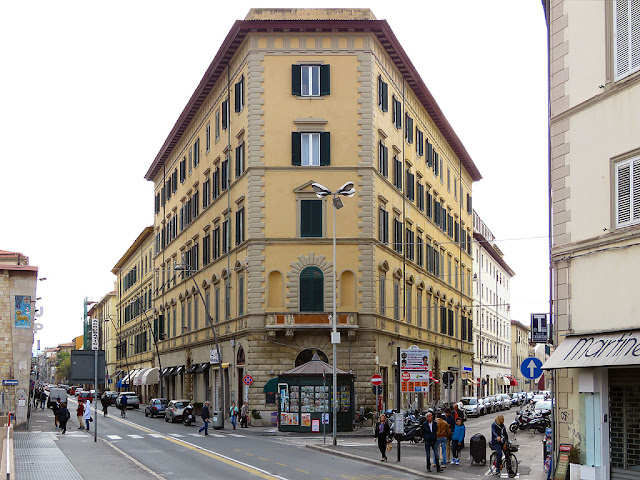 The corner building between Via Marradi and Via Roma, Livorno