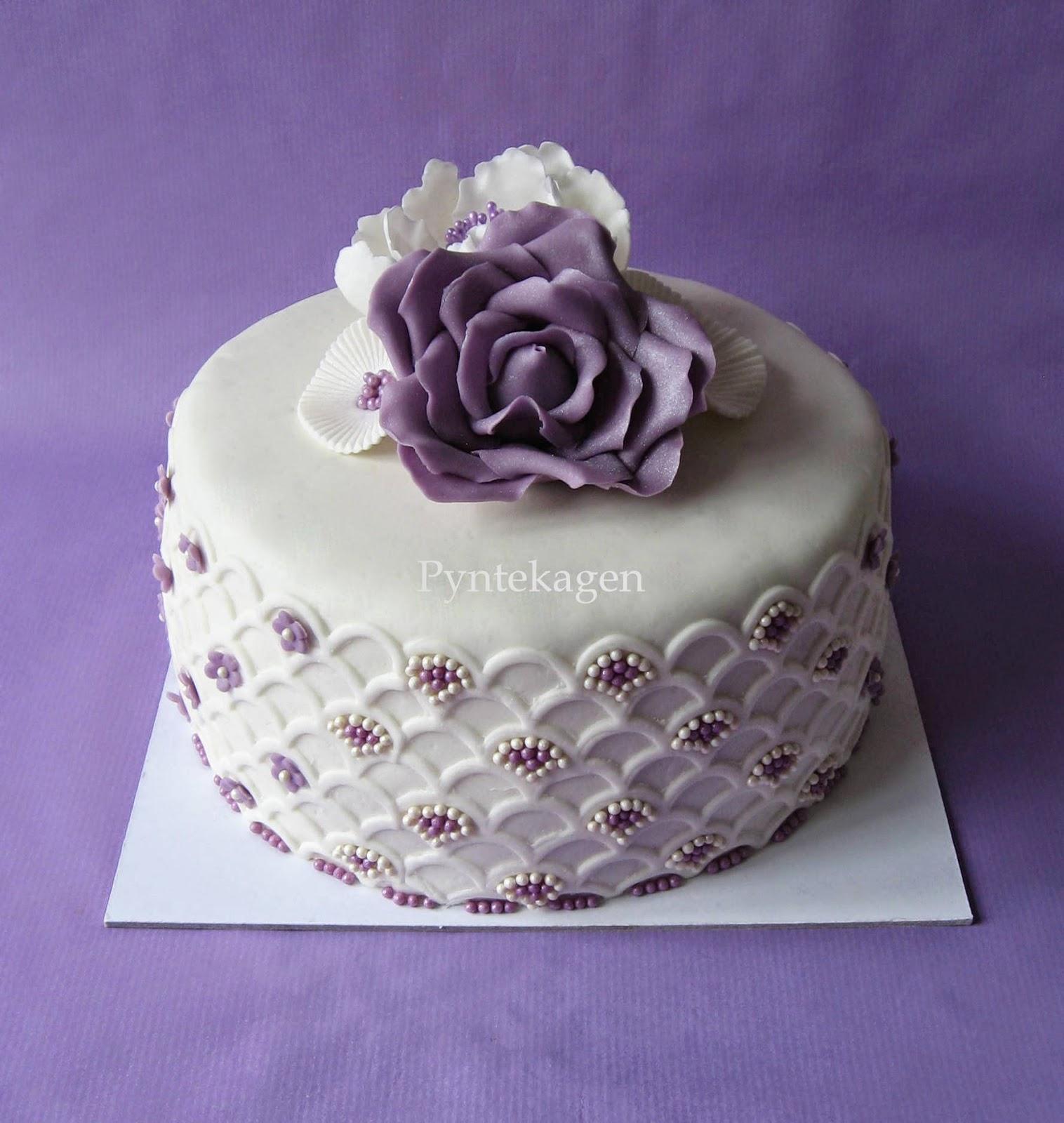 fondant kage med blomster