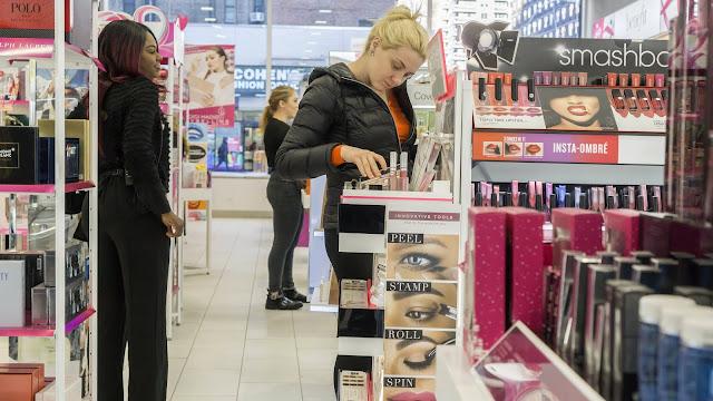 Vantagens de comprar na loja Ulta Beauty de beleza na Califórnia
