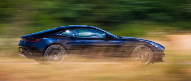 2017 Aston Martin DB11  Performance