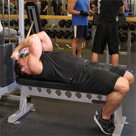 تمرين السحب بالكيب لعضلة البايبس في وضع استلقاء High Cable Curls