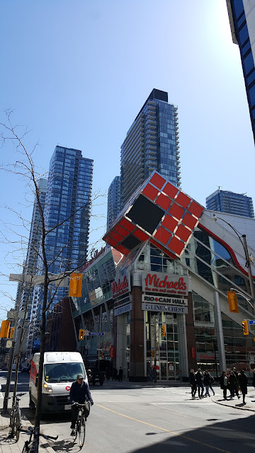 toronto-angular-building