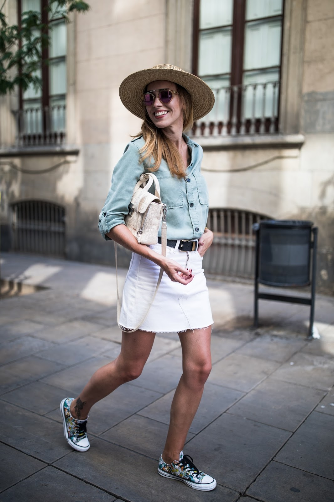 white denim mini skirt outfit
