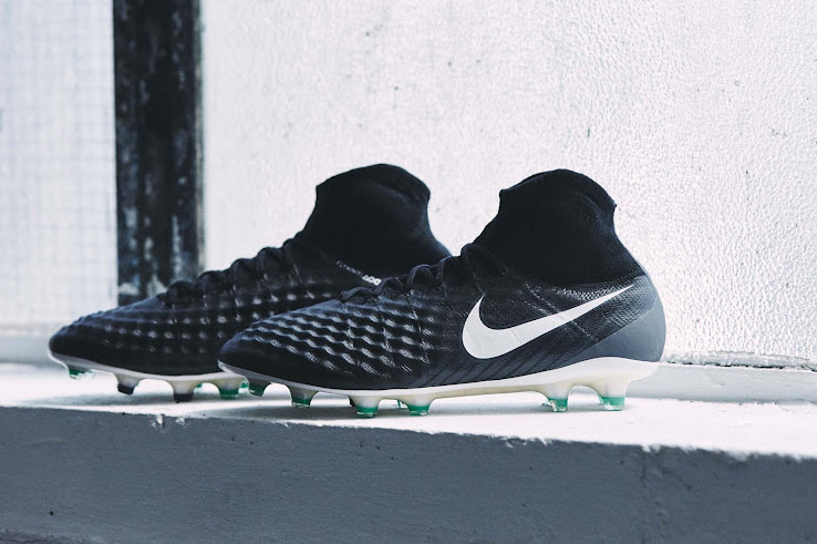 21bdb257506 Full Nike 2017-2018 Pitch Dark Pack Football Boots Collection ...