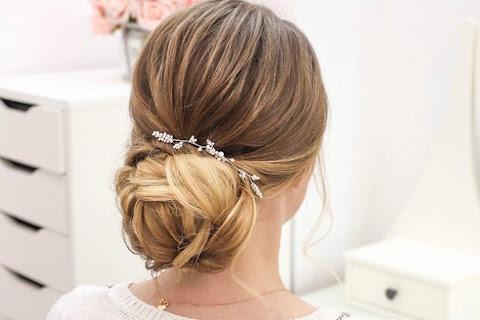 Próbna fryzura ślubna - wszystko, co musisz o niej wiedzieć! - czytaj dalej »