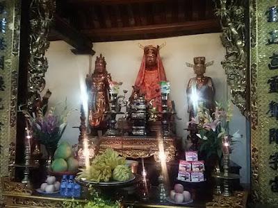 鎮国寺本堂の仏像