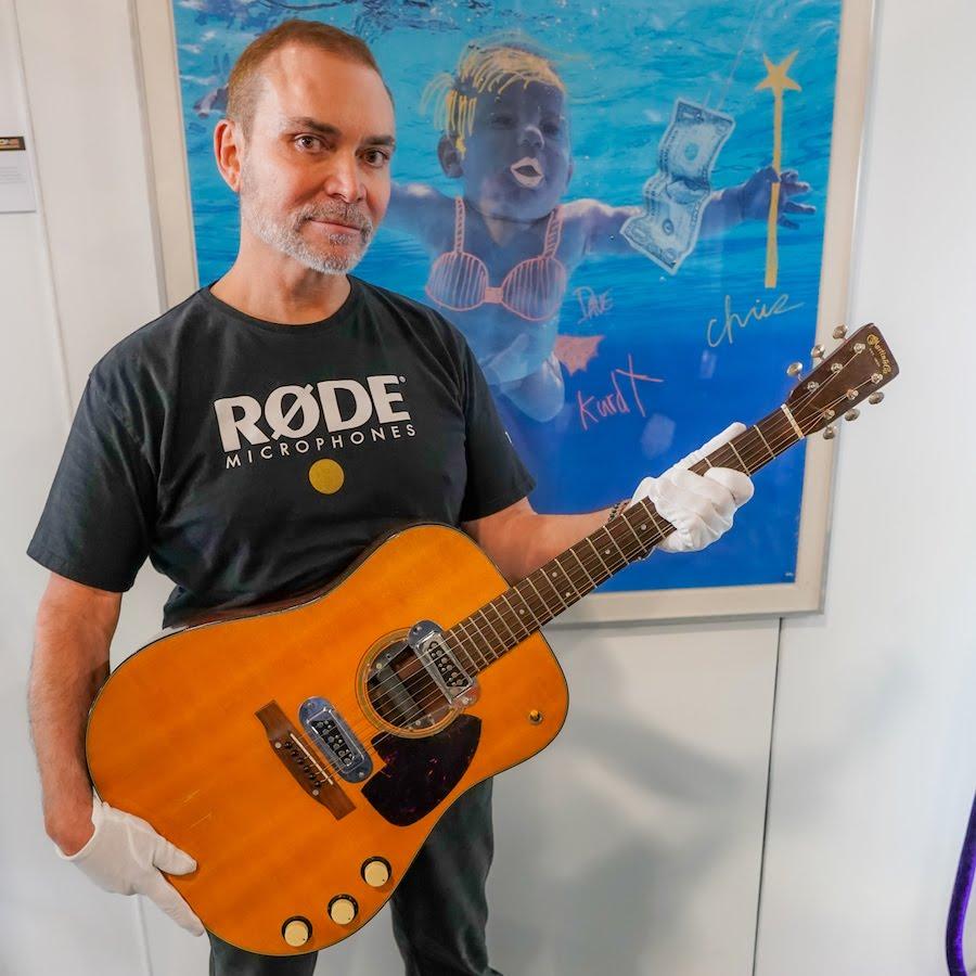 #PinkFloyd: no creerás qué músico ha superado a #DavidGilmour con la subasta de su guitarra