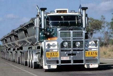 truk gandeng road train panjang