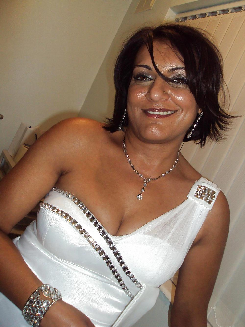 Hot And Sexy Milf 101