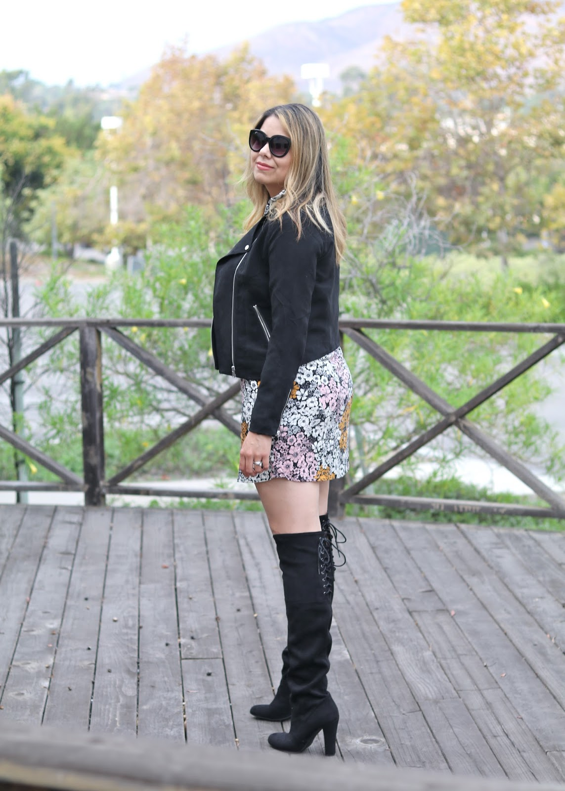 how to wear black boots, how to wear over the knee boots with dress, biker jacket and boots for women