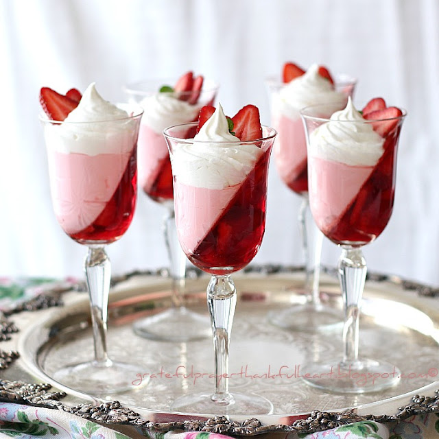 18 Irresistible Strawberry Desserts (Part 1)