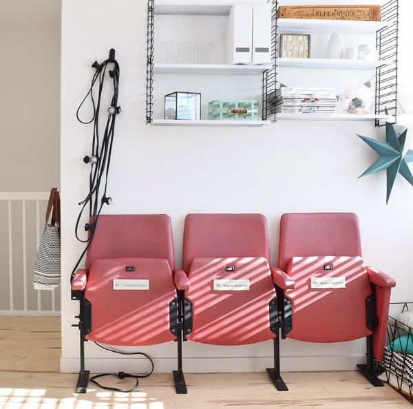 Colores con personalidad en vivienda nórdica by Habitan2 | Decoración handmade reciclando