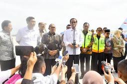 Cerita Presiden Jokowi Antre 30 Menit Sebelum Take Off di Bandara Soetta