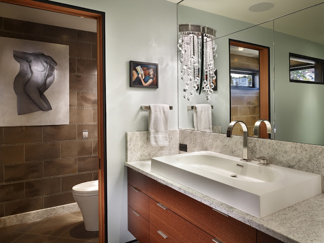 Photo of floating home bathroom interiors