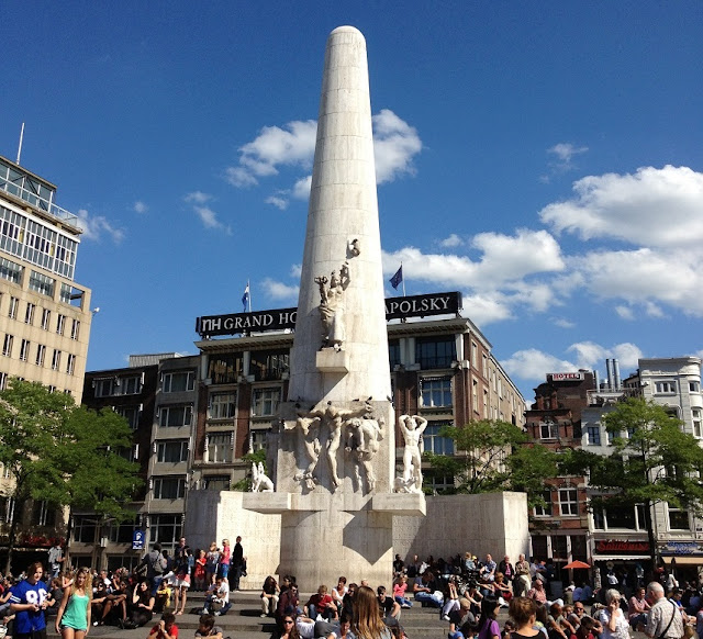 Monument of Freedom Amsterdam