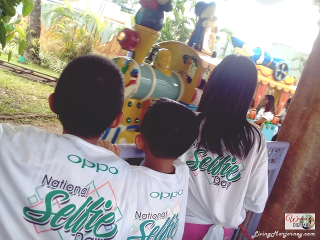 OPPO Celebrated National Selfie Day at Enchanted Kingdom