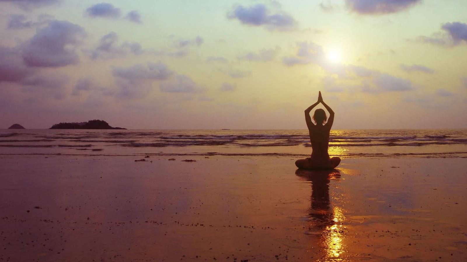 Yoga Para Principiantes Posturas Y Beneficios Govindas Yoga Inbound