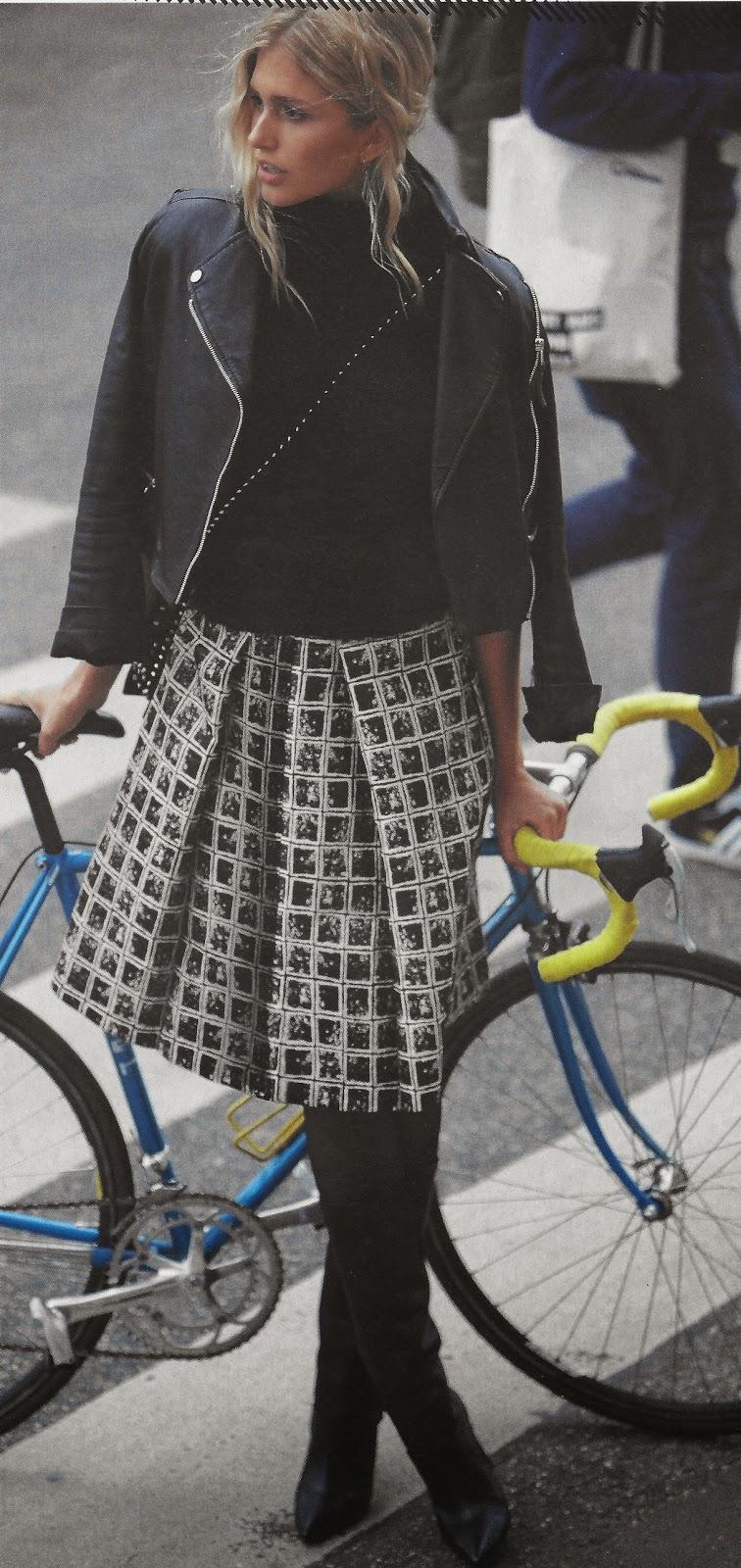 3e20b273fe5 Cute and flirty sheath dress. Dress  108C-Black and White Graphic Ponte  Knit. Julia Roberts in Pretty Women Dress  120-Satin Back Crepe in Deep  Turquoise