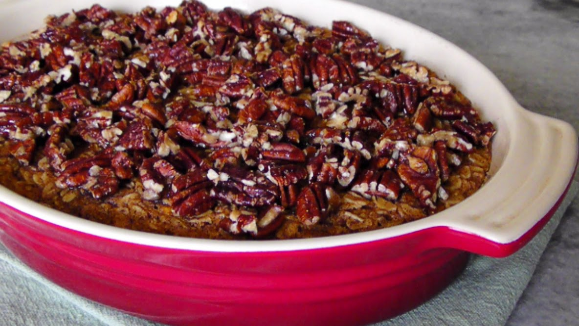 Sweet Potato Pie Baked Oats & Maple Glazed Pecans