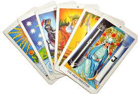 Cartas del Tarot que aciertan, con buenas tarotistas españolas, ¿Qué es la clarividencia? Vidente médium, (VIDENTE ESPAÑOLA