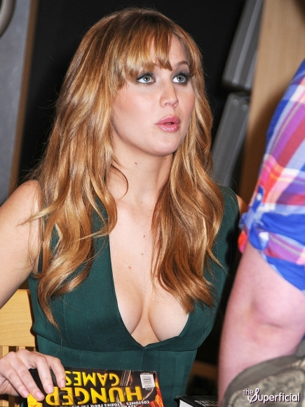 Gallery Cleavage Serena  nudes (26 foto), Facebook, underwear