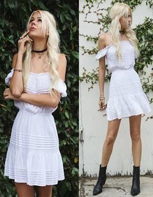 outfit blanco de verano con gargantilla negra