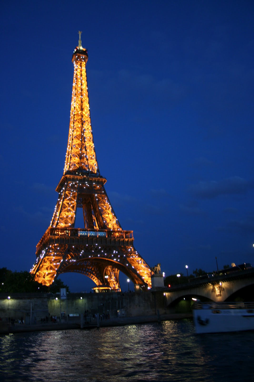 Delco Daily Top Ten Top 10 Places To See In Paris