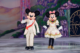 Minnie and Mickey Mouse on ice