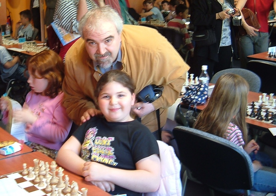 Le docteur Guy Bellaiche avec sa fille Elise - Photo © Chess & Strategy
