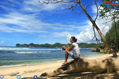 Pantai Pasir Besi