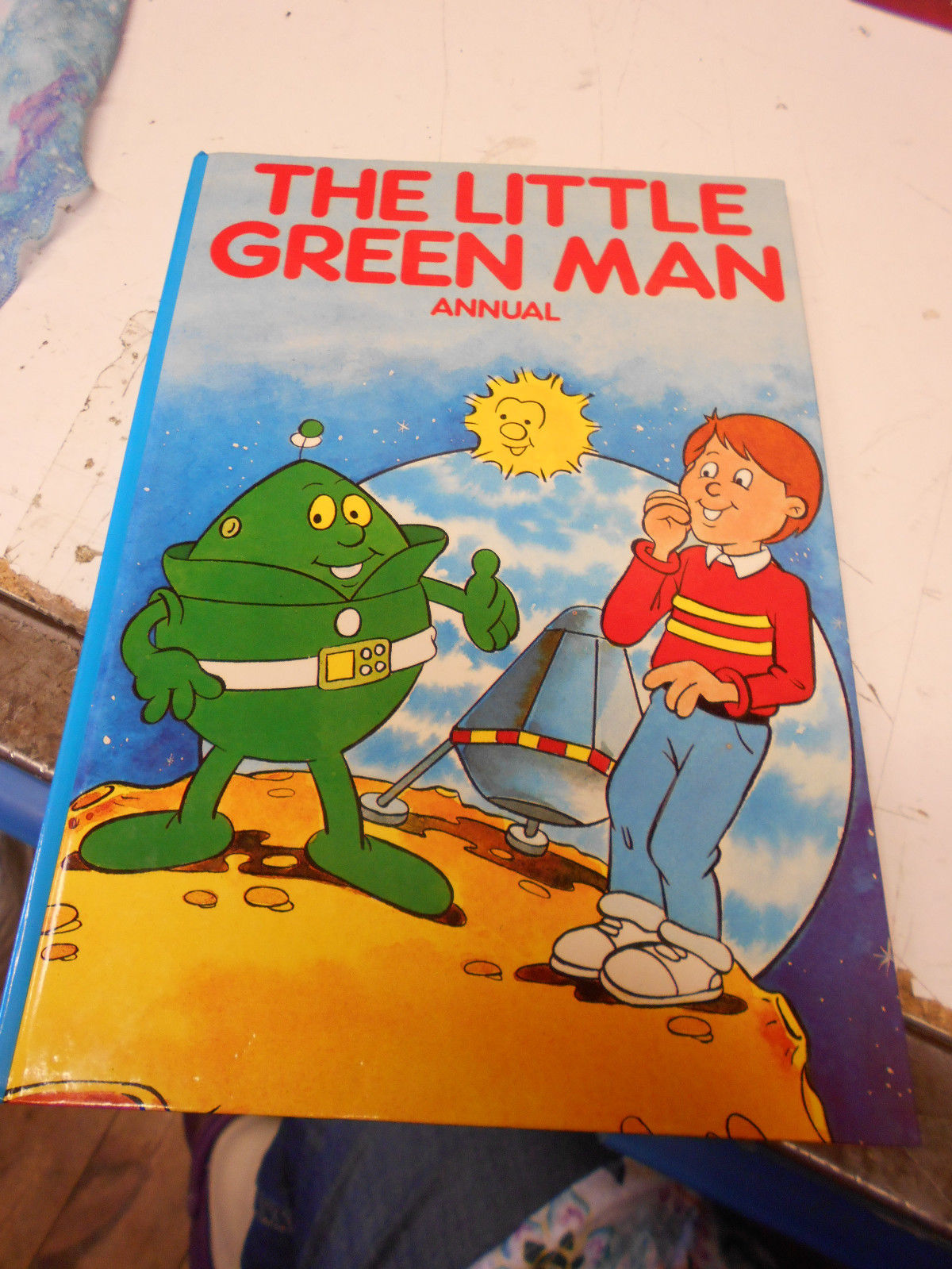 Zoom Book Curious British Telly The Little Green Man