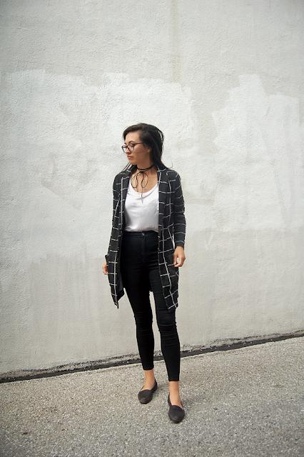 Minimalist Fall Outfit