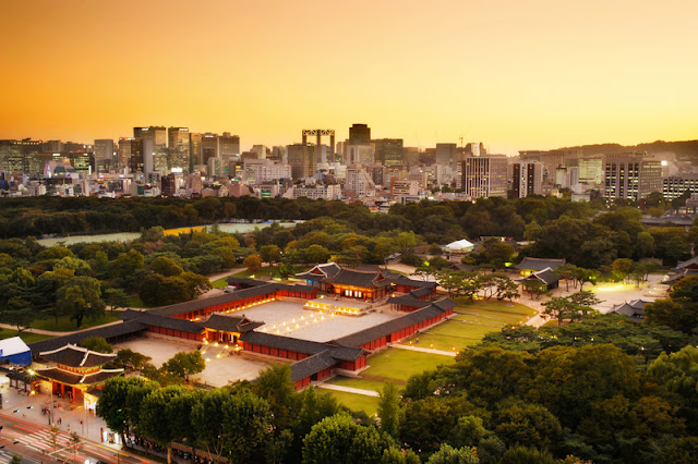 Dusk Cityscape with Seoul Skyline and Changdeokgung palace in South Korea