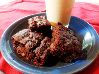 UPDATED MOIST & DELICIOUS LOW-GLYCEMIC, LOW-FAT, VEGAN BROWNIES