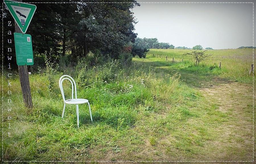 http://zaunwickenwelt.blogspot.de/2014/09/darf-ich-bitten.html