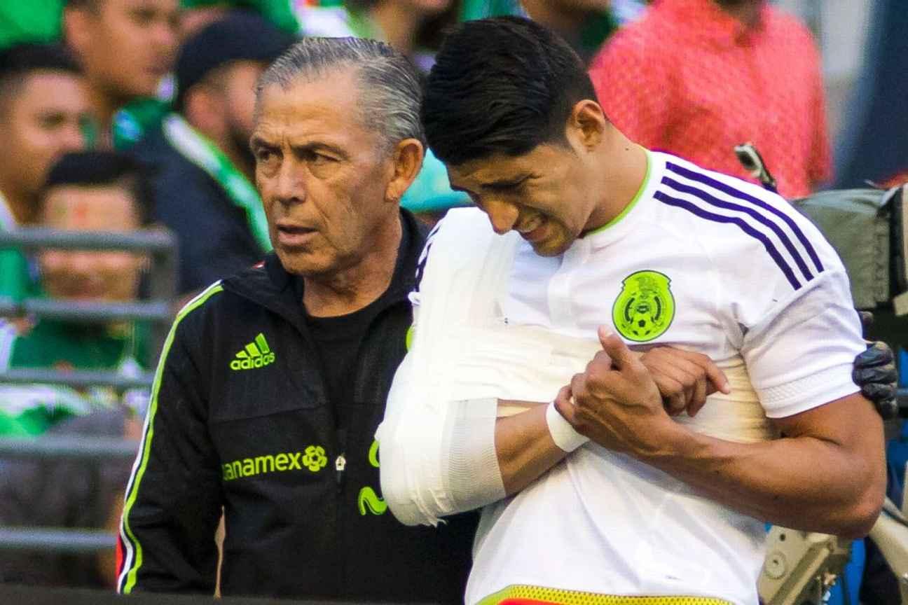 Pulido podría perderse la Copa Oro por lesión.