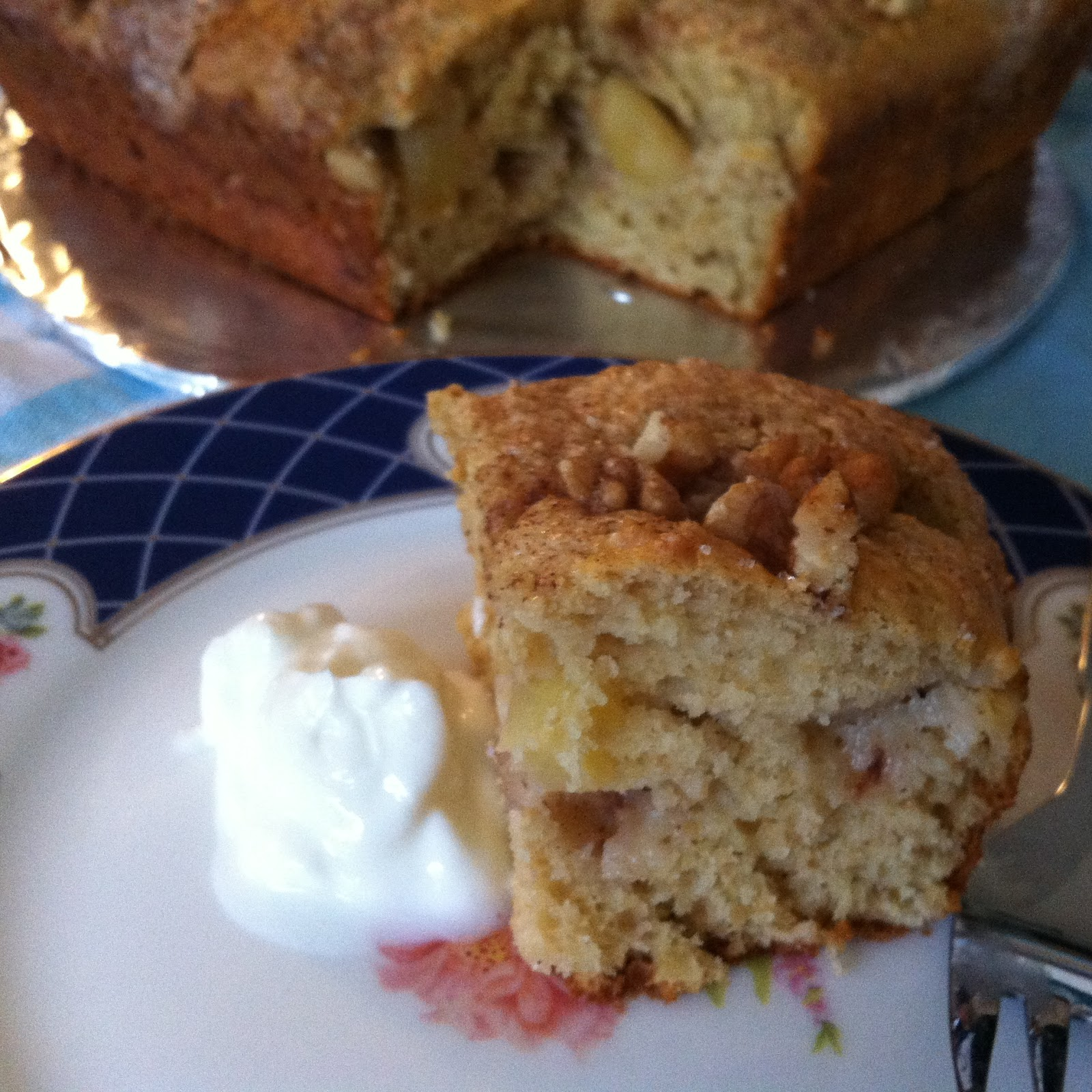 EwE - Apple Coffee Cake - Margaret's Birthday, Let's Make Cake! | Law...