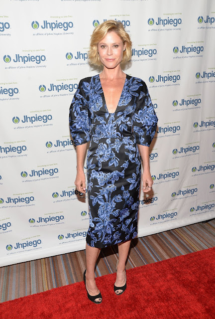 Actress, @ Julie Bowen - Jhpiego Laughter Is The Best Medicine Event in Beverly Hills