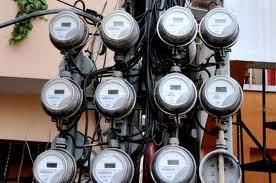 El Faro del Sur: VICENTE NOBLE: Pintan de negro medidores de ...