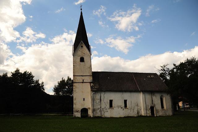 cerkev sv. Urbana, Vrhe, izlet na Koroško